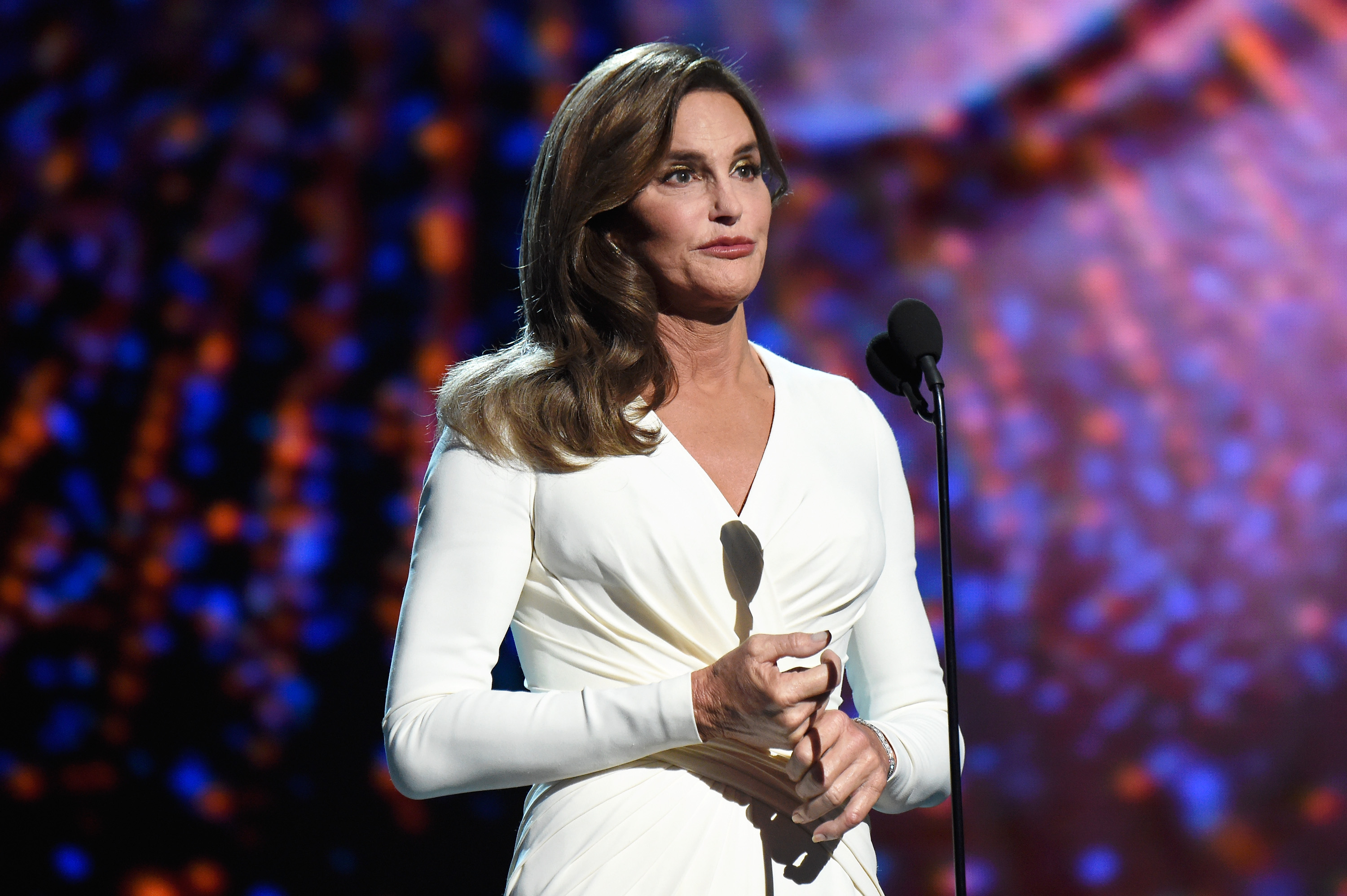 Caitlyn Jenner To Pose Completely N@ked With Her Olympic