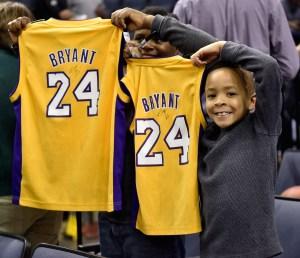 Los Angeles Lakers v Memphis Grizzlies